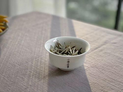 白茶如何挑选,特别是春白茶