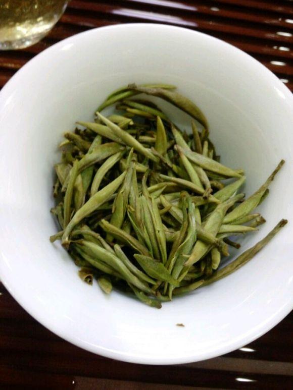 白茶圈经典话题,盖碗泡茶,什么才是快出水?
