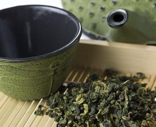 如果选购好的白茶,不仅仅看外表