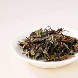 按熟普的标准来买白茶,小心遇到黑乎乎的做旧、渥堆、仓味老白茶