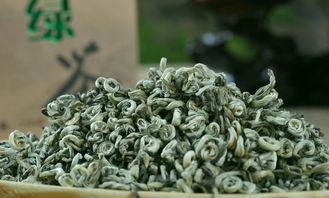 岩茶放1年,红茶存3年,白茶陈10年才好喝?难怪一直喝不懂茶