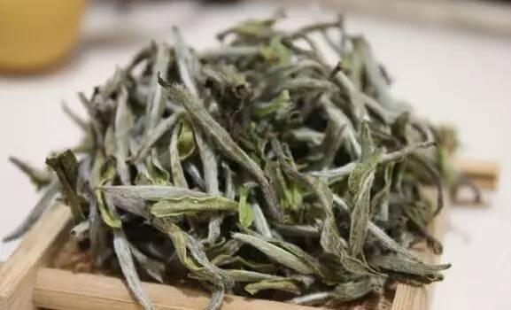 存茶知识贴:使用三层包装法存白茶,需要注意哪些误区?