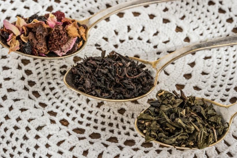 选对了散茶或是饼茶,未来你手中的老白茶可能价值连城