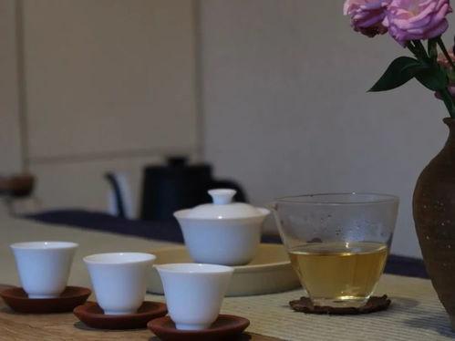 冲泡福鼎白茶的水温是多少
