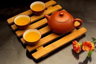 如何判断老白茶的好坏