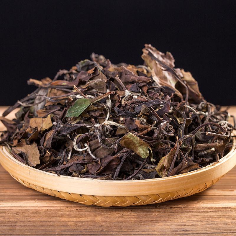 水温低一些,泡出来的白茶更清甜?