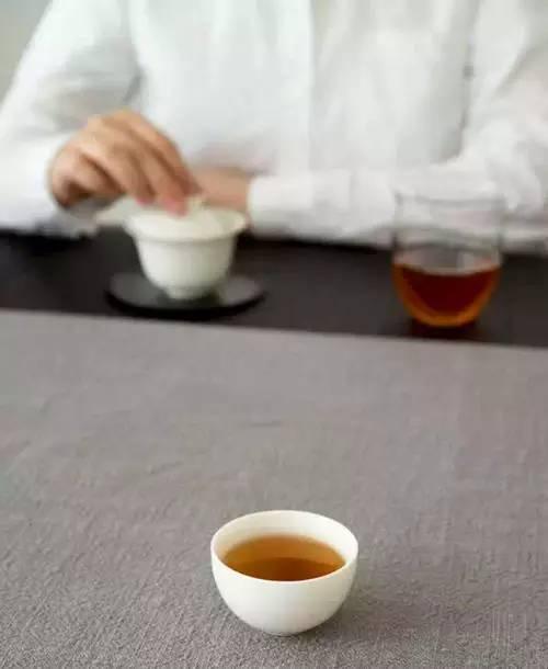 降温了,喝白茶,不妨选白牡丹!