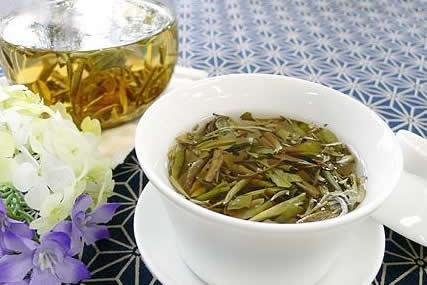 玻璃煮茶壶、粗陶煮茶壶、铁壶,煮白茶最好的选择是?
