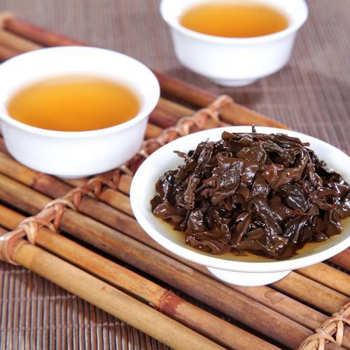 秋冬煮茶季,煮老白茶,老普洱,黑茶正是适宜,这有一份选茶标准