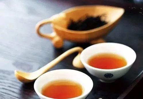 新白茶与老白茶区别,白茶年份的魅力