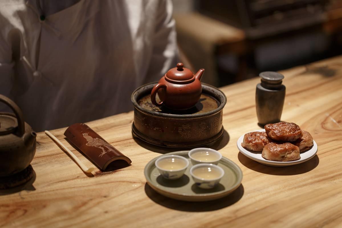 老白茶中散茶和茶饼的区别,主要在这个点上!
