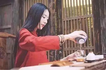 福鼎白茶饼的生产工艺,原来是这样的!