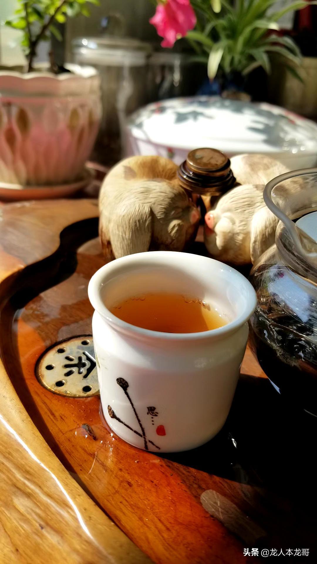 根据不同的萎凋方法,才能产出优质白茶。